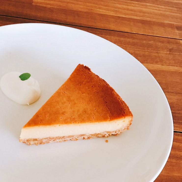 キャラメルナッツのチーズケーキ