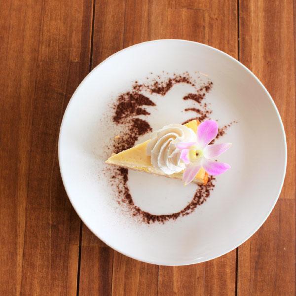 ココナッツとパインのトロピカルベイクドチーズケーキ